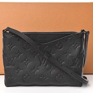 💎✨STUNNING✨💎 Louis Vuitton crossbody
